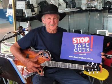 Stop TAFE Cuts campaign kicks off in Tamworth :: New South